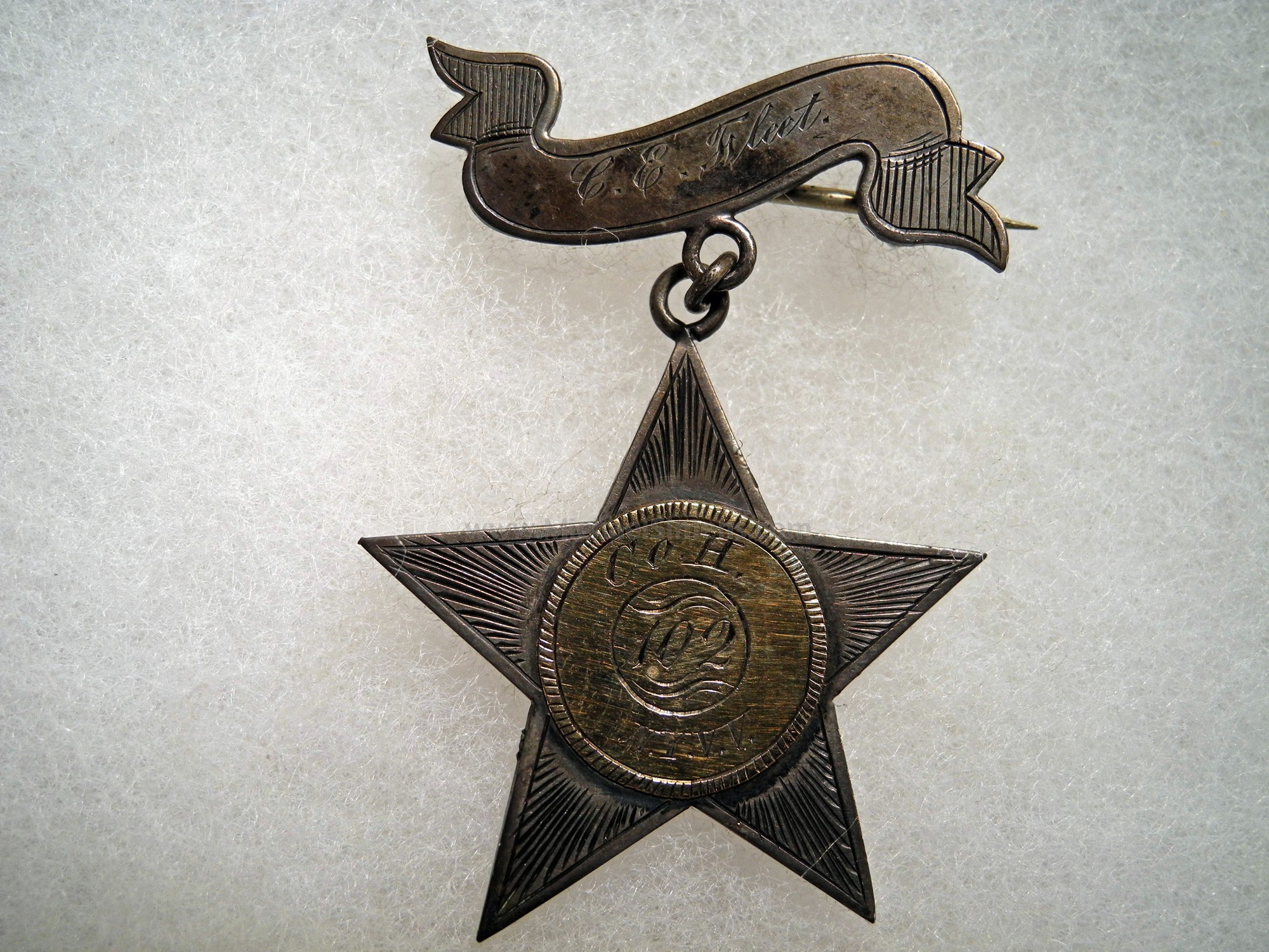 CIVIL WAR GOLD AND SILVER CORPS BADGE - 102nd NEW YORK
